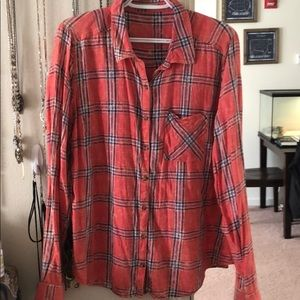 Maurices brand plaid // size XL